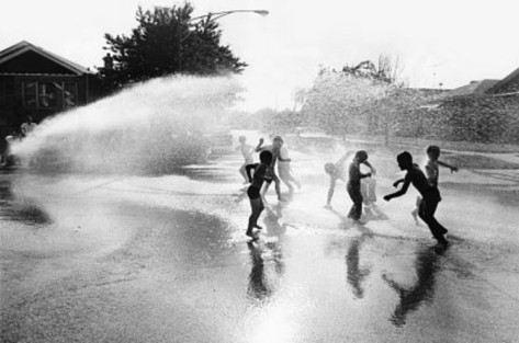 kids-playing-in-fire-hydrant-archival-photo-poster-print