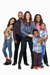 "The ""Instant Mom"" cast"