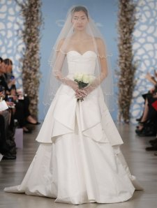oscardelarentaweddingdress1